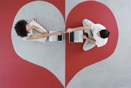 Essential Online Dating Tips For Women